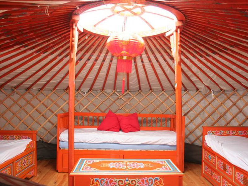 yurt glamping, Yurt glamping